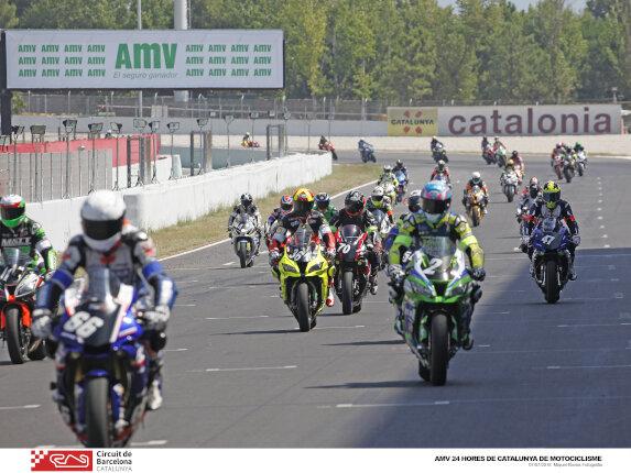 motos de competición en el circuito de Barcelona-Cataluña