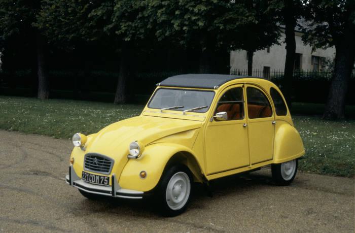 Vehículo famoso del cine: Citroën 2CV