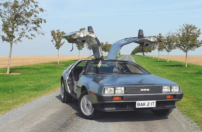 Vehículo famoso del cine: DeLorean DMC-12