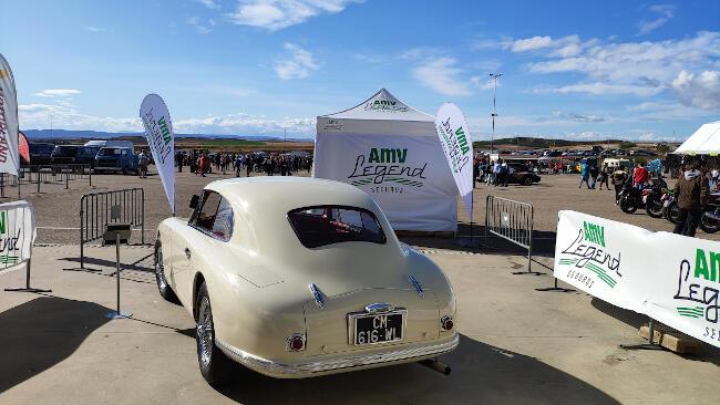 Carpa AMV Legend y Aston Martin DB2