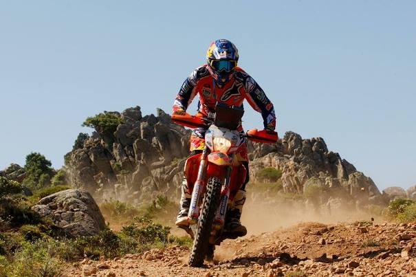 Marc Coma, durante el transcurso de una de las etapas del Rally de Cerdeña. | Facebook Marc Coma
