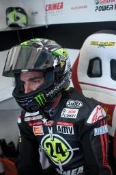 Piloto MotoGP Toni Elías con casco
