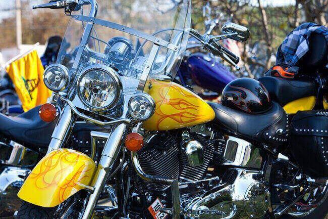 adhesivos de moto (iStock)