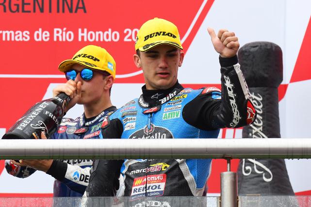 Arón Canet en el Podium del MotoGP de Argentina