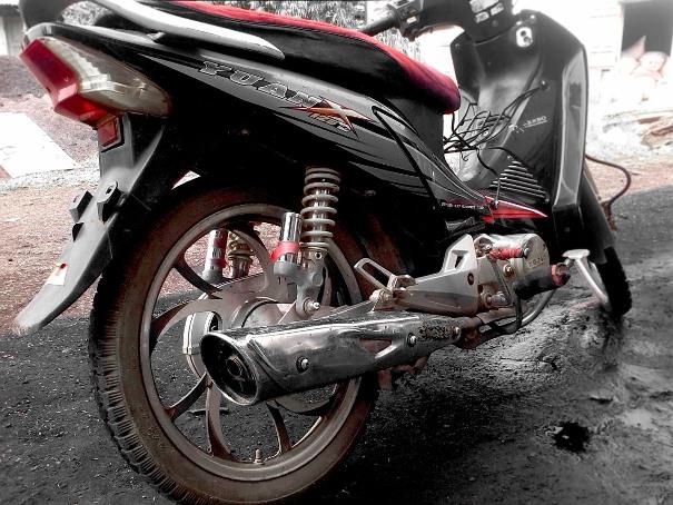 Artículo sobre escapes para moto: imagen de una moto. | Pixabay
