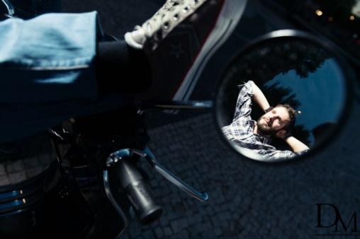 Momento de tranquilidad sobre la moto