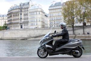 Moto maxi scooter piaggio X10
