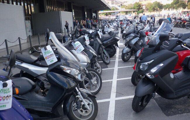 Cada vez m s mujeres eligen la moto blog de motos y Noticias mas recientes del medio del espectaculo