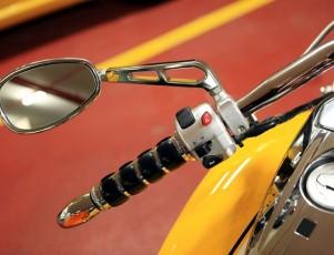 retrovisores metálicos de moto