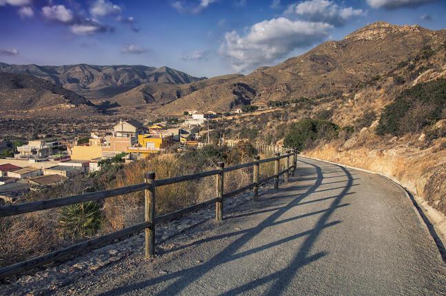 Artículo rutas en moto por Murcia: imagen de un paisaje de la provincia.