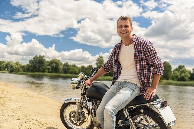 Aprovecha el buen tiempo para salir en moto en verano